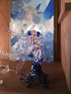イラストから作成したガラス細工人形