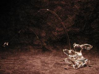 ガラス細工の釣りうさぎ