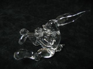 ガラス細工のバイオリンうさぎ